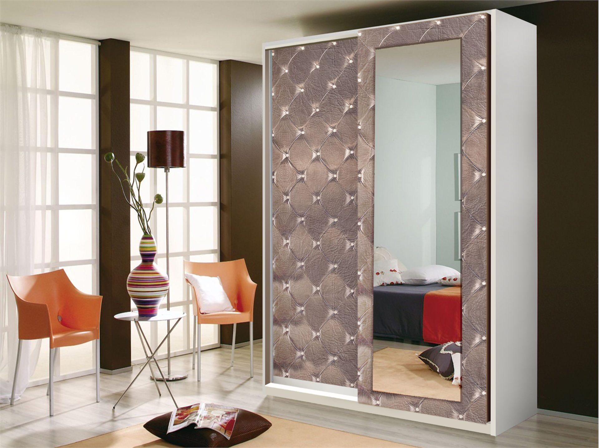 Роникон шкаф-купе с зеркалом.